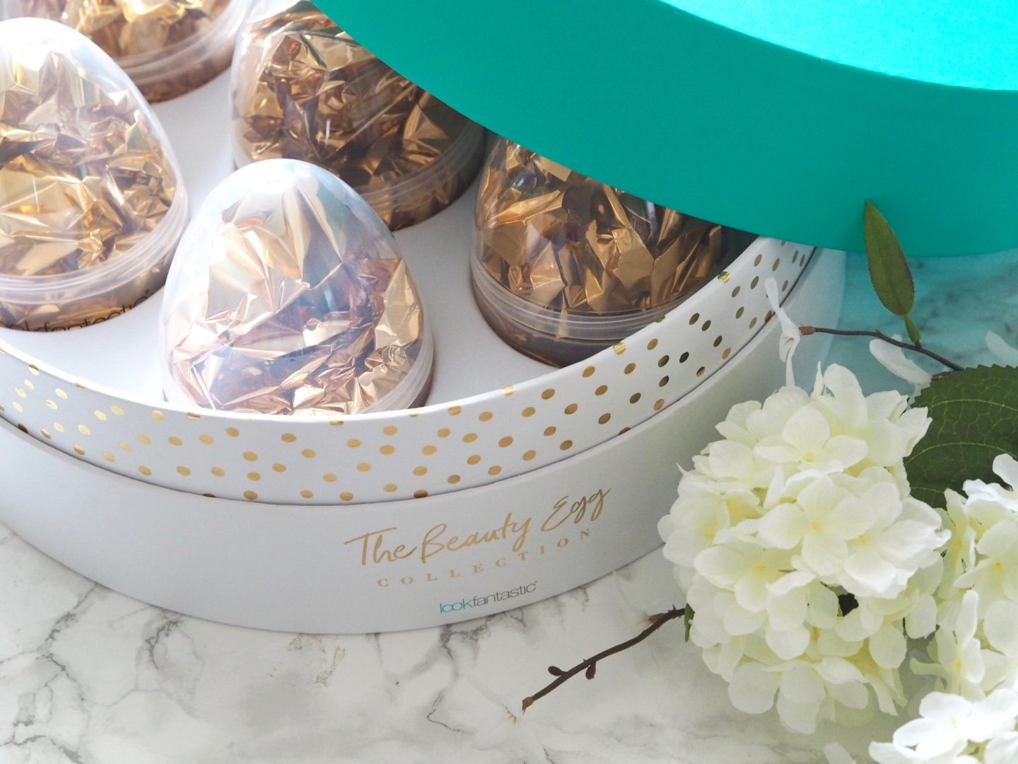 THE BEAUTY EGG COLLECTION - LOOKFANTASTIC