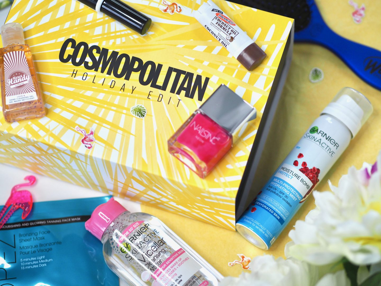 COSMOPOLITAN HOLIDAY EDIT – LATEST IN BEAUTY