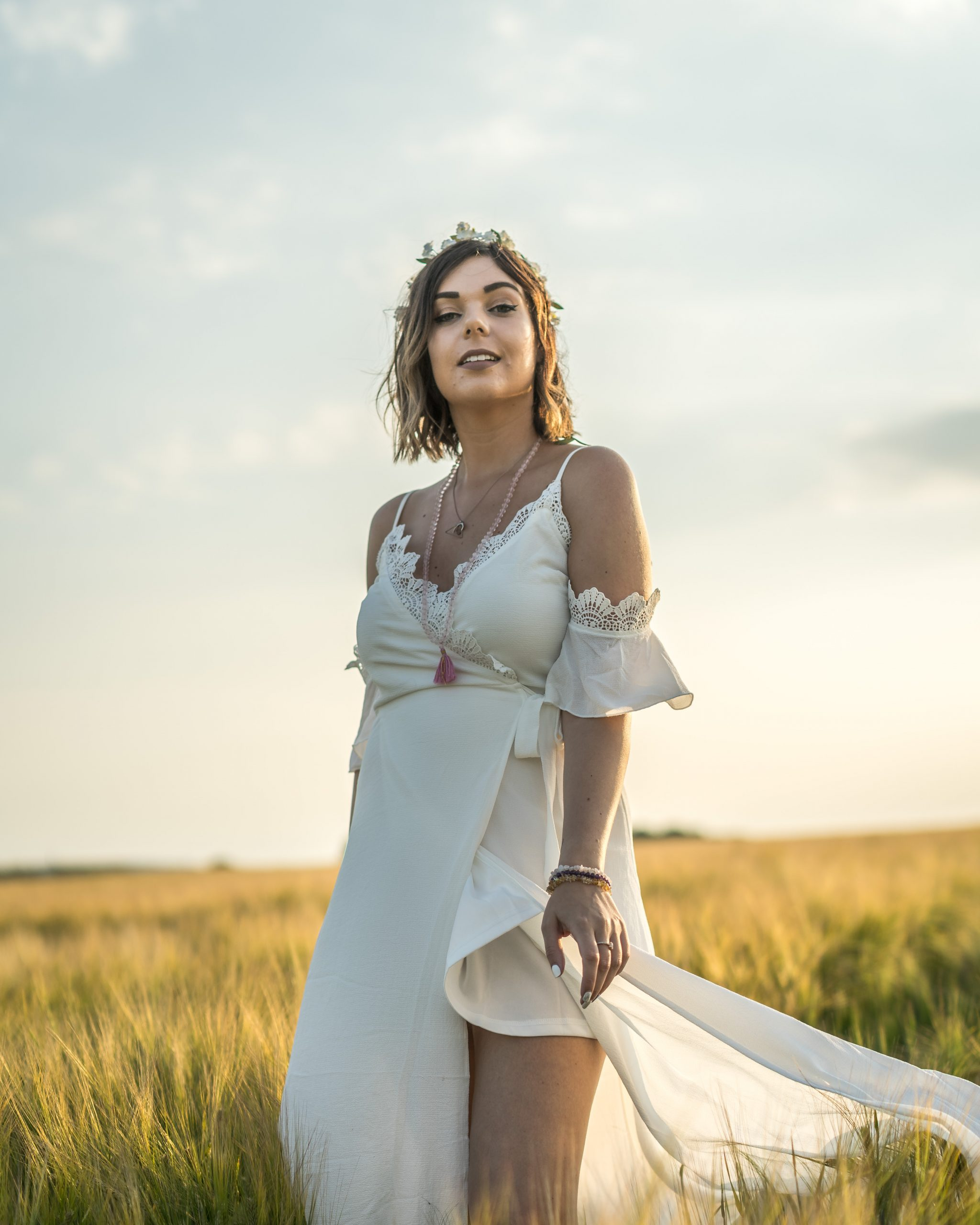 HOW TO LIVE YOUR BEST LIFE - EMMA MUMFORD SPIRITUAL QUEEN