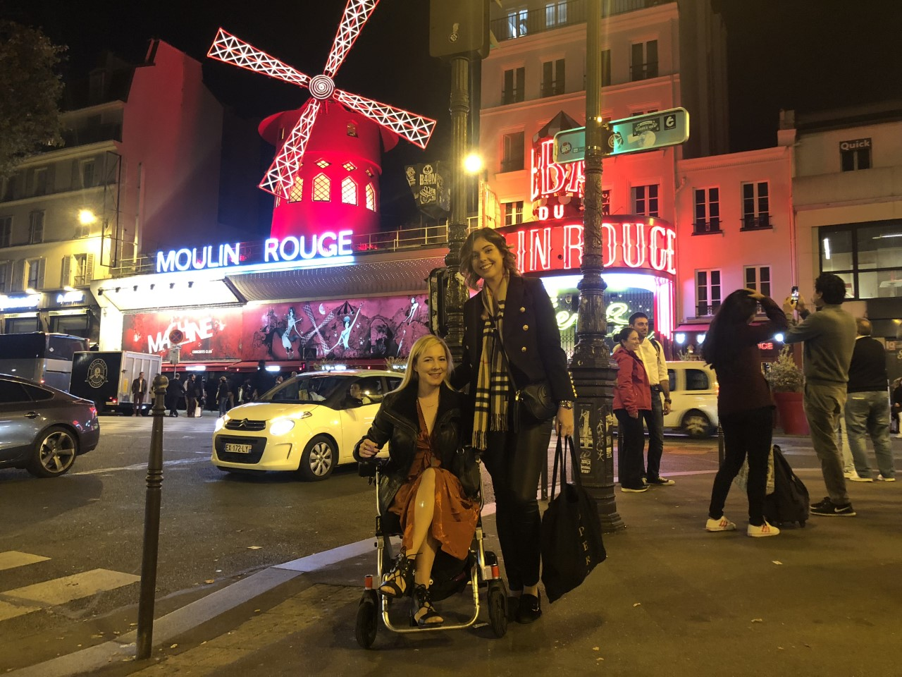 OUR PARISIAN ADVENTURE IN THE FALL - Emma Mumford