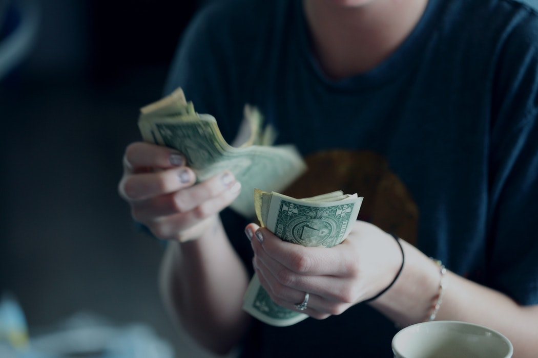 FIVE WAYS TO MANIFEST MORE MONEY INTO YOUR LIFE - Emma Mumford