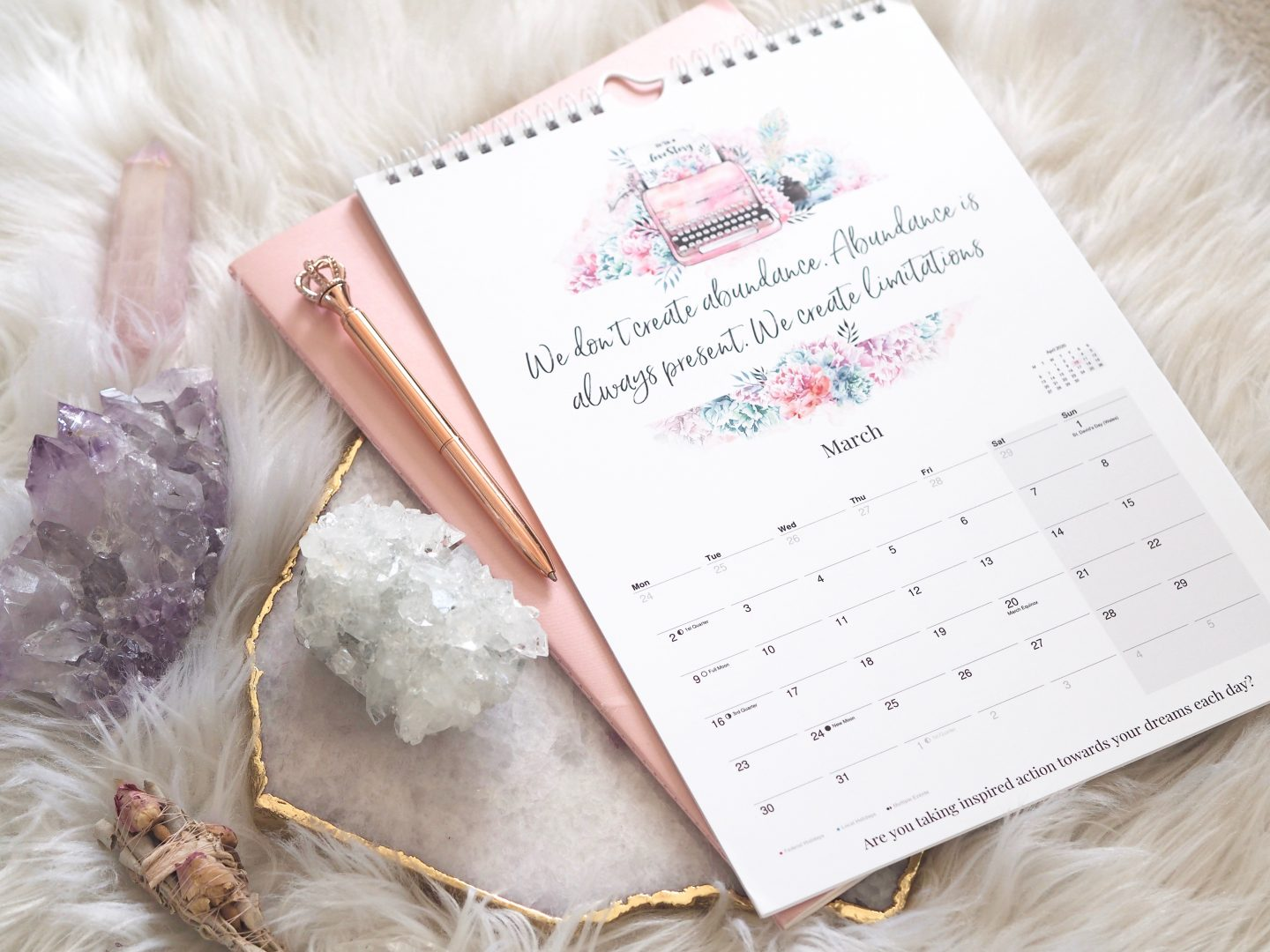 2020 LAW OF ATTRACTION CALENDAR - Emma Mumford