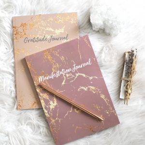 NEW LAW OF ATTRACTION JOURNALS (GRATITUDE JOURNAL OR MANIFESTATION JOURNAL) | EMMA MUMFORD
